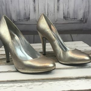 Shoes - Jessica Simpson Silver Heels Formal Prom Casual